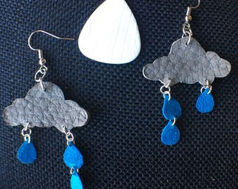 Adorable raincloud earrings
