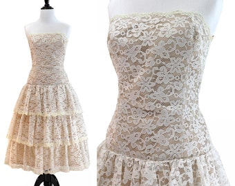 Vintage 1980's Victor Costa White & Cream Lace Tiered Ruffle Dress / Size XS / X-Small