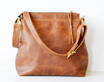 Leather hobo bag / Leather crossbody bag / Leather bag / Leather zipper hobo bag / Soft tan leather bag /  Toffee Leather Hobo bag