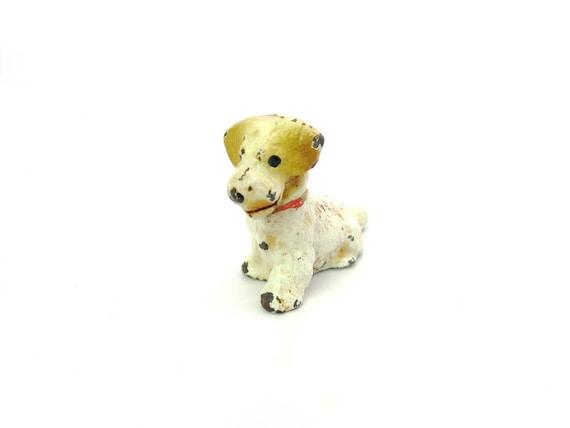 Vintage Miniature Hubley Terrier Dog Figure. Cast Iron Place Card Holder.