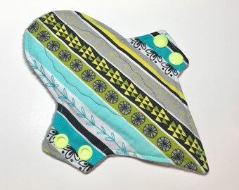 "7"" Thong Liner - Reusable Thong Pantyliner - Turquoise Floral Liner"