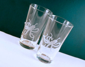 2 Octopus Etched Pint Glasses