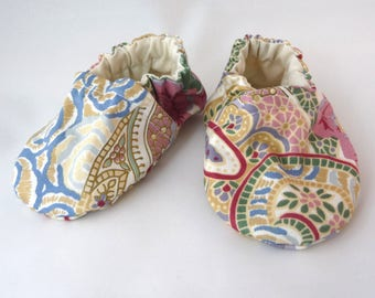 Handmade Baby Shoes, Fabric Shoes, Cloth Baby Shoes, Flowered Shoes, Cotton Baby Shoes, Baby Accessories, Gift Idea, Baby Shower Gift, Cute