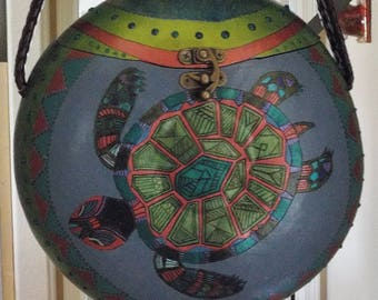 Gourd Purses, Gourds,Handcarved Gourds,Turtles,Zentangled gourds,Decorated Gourds,Handpainted Gourds,Handpainted Turtle Purse,Gourd Art