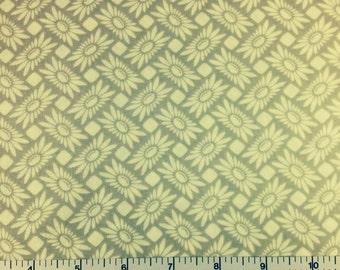 FreeSpirit PICNIC DAISY(DOVE Color) 100% Cotton Premium Fabric - sold by 1/2 yard