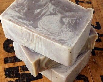 Karma essential oil skin loving soap - 100% Natural - Avocado oil - Rich moisturizing - Vegan - Soap made the old fashioned way