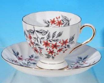 Vintage TUSCAN Bone China Teacup (Tea Cup) & Saucer Set #D1113