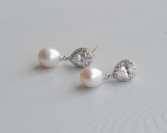 Freshwater Pearl Earrings, Bridal Pearl Earrings, Pearl Wedding Earrings, Natural Pearl Earrings, Bridal Jewelry, Wedding Accessories