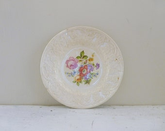 Shabby chic dessert plate, floral plate, embossed plate, dessert plate, saucer, floral, round, dessert plate, tea party, cute dish