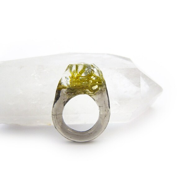 Terrarium + Silver Leaf Resin Ring • Size 5.5