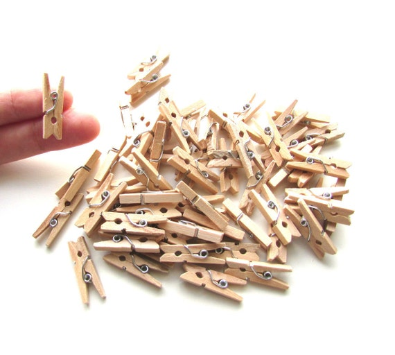 40 Mini pegs natural wood 25mm - Little wooden pegs memo clips - Mini wood clothespins - Little pegs - Wood mini clips - Small pegs wood