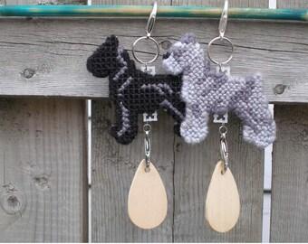 Standard Schnauzer crate tag dog art decorative display, hanger, Magnet option, Choose your color