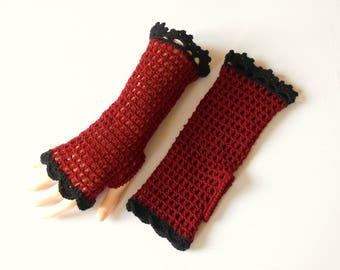 Fingerless gloves crocheted black and red floor tile