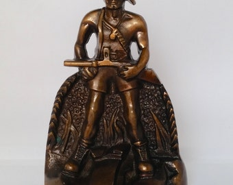 Vintage collectible metalware solid bronze metal man hunter soldier statue bookend door stopper paperweight