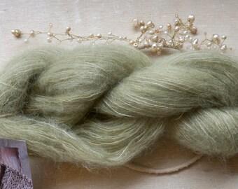 Kid silk mohair garen / plant geverfd / engel debbie bliss / geverfd met klimop / natuurlijk geverfd garen / 029