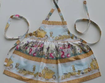 Toddler/girl apron, whimsical print with playful mice, birthday gift, apron with pockets, stocking stuffer, sizes 1 to 6.