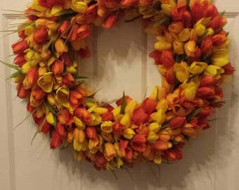 23' Tulip wreath / spring wreath / summer wreath / front door wreath / holiday wreath / door wreath / Easter wreath