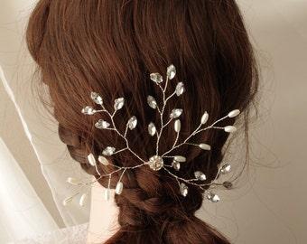 Pearl crystal hair pins Bridal pearl pins Hair accessories Wedding Veil attachment Bridesmaids hair accessories flower girl Swarovski pearls