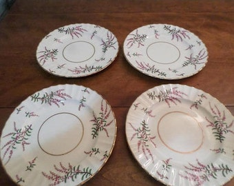 REDUCED Vintage Royal Worchester Dunrobin Pattern No Z1918 Set of Four Lunch Plates Excellent Used Condition
