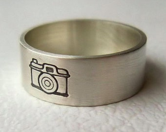 Camera Ring, Photographer Gift, Camera Jewelry