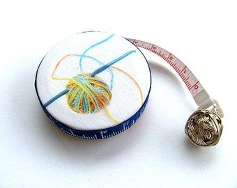 Measuring Tape Crochet Hook and Yarn Pocket Retractable Tape Measure