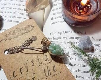 Green Aventurine teardrop vial necklace. Bottle necklace. Green Aventurine jewelry. Cute necklace. Vial necklace. Boho necklace.