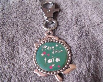 """LIQUIDATION green silver keychain """"fière d'être tata"""""""