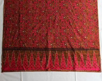 1960s Cotton Print Fabric - 2.69 Yards Fuchsia Pink India Print - Continuous Yardage - 60s 70s - Summer Bohemian Batik Border Print - 46666
