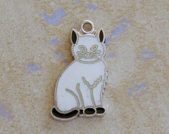 Danecraft Enamel White Cat Kitten Sterling Silver Bracelet Charm