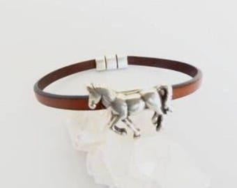 Horse jewelry, horse bracelet, horse, leather bracelet, horse gift, horse charm, horse lover, gift for horse  lover, bracelets for women