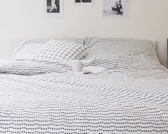 Small triangles bed linen