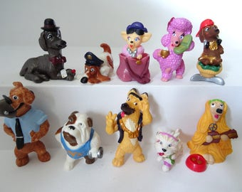 Kinder Surprise Collectible 10 Figures Set DOGS In The City Figurines  Miniatures