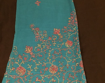 Hand embroidered pashmina scarf/stole