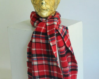 Vintage plaid check red blue white wool blend colours Scarf shawl made in Italy Benetton with fringe