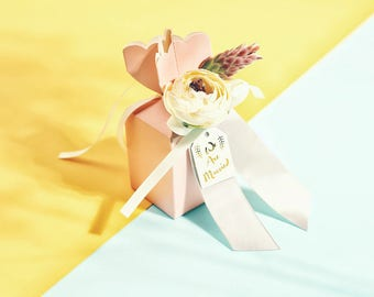Pink Wedding Favor Box with Artificial Flower ,Ribbon and tag, Wedding Gift Box, Party Gift Box, Candy Boxes(set of 20)