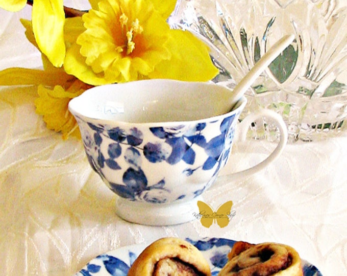 Blue and White  Floral Teacup Set