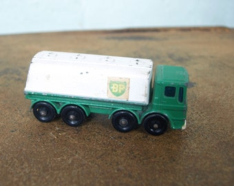 BP Petrol Tanker Vintage Matchbox Series 32 Lesney Made in England– 1960's