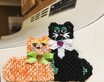 Kittie Pair magnet cute cat magnet cat lovers magnet