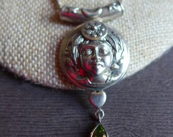 Argent sterling Vintage ethnique femme tête de la femme Face à collier avec pierre verte, chaîne en argent Sterling corde, collier mexicain
