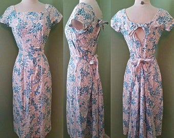 1950s Bluebell Print Baby Pink Wiggle Dress