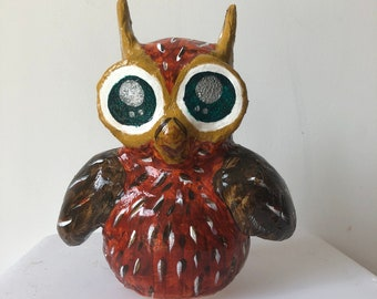 Wise OLW, Owl made of Synthetic Resin
