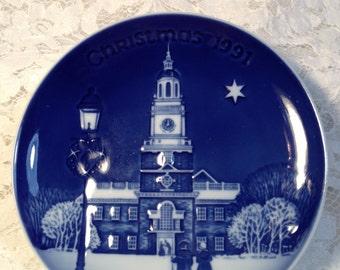 "Bing and Grondahl Christmas in America Series, 1991, ""Christmas Eve at Independence Hall"" Philadelphia, PA, Cobalt Blue Copenhagen Porcelain"