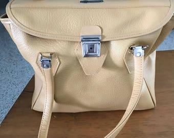 Vintage Buttercreme carryon/ overnight bag