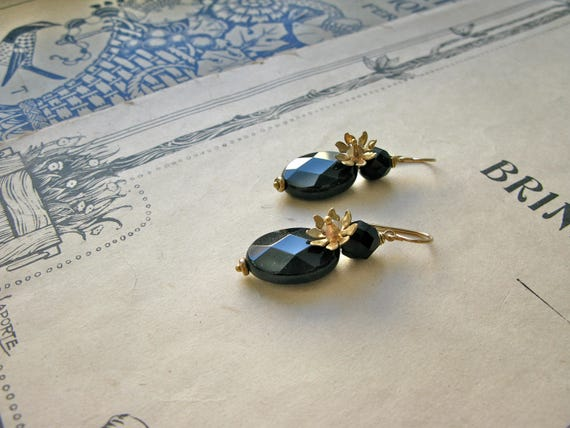 Pompadour Madame earrings...
