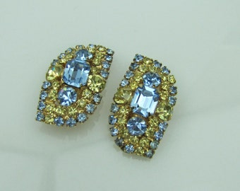 1950s Hattie Carnegie Rhinestone Diamante Earrings. Lemon Yellow and Blue. Vintage Haute Couture Designer Jewelry