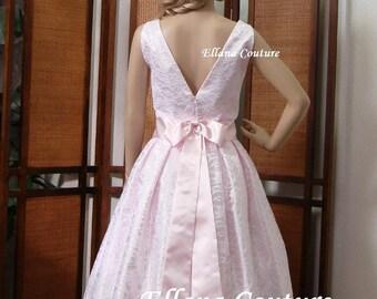 Mallory - Lovely Vintage Inspired Wedding Dress. Tea Length.