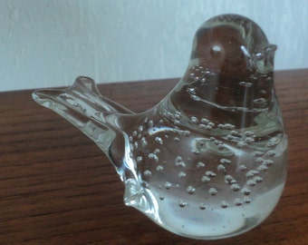 Glass bird / paperweight