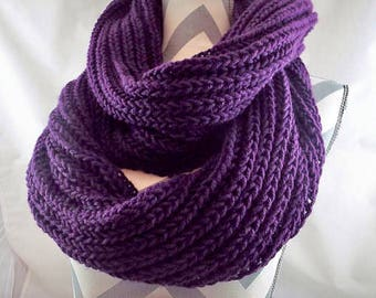 Circle Scarf Loop Scarf Warm Cozy Scarf Knitted Infinity Scarf Cowl Scarf Winter Scarf Hand Knit Scarf