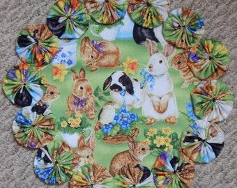 "Spring Bunnies 12"" Yo Yo Doily - Green"