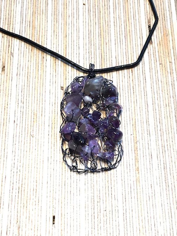 SJC10311 - Handmade black coated copper wire crochet rectangular pendant necklace with amethyst gemstone chips